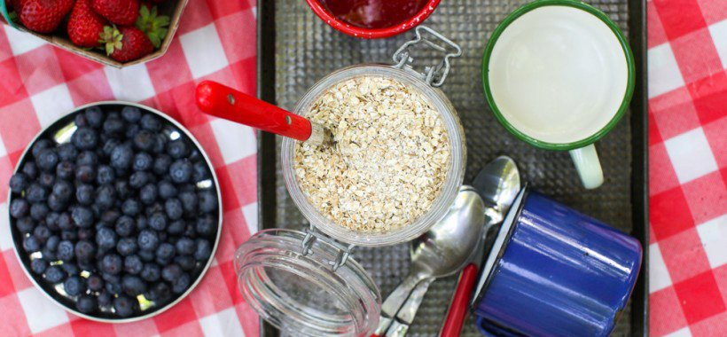 Homemade Instant Maple Oatmeal with Ground Chia Seed